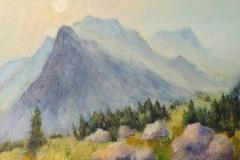 Sonnenstrahlen zwischen den Bergen